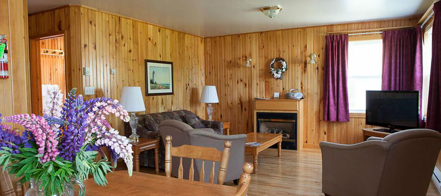 Anne's Windy Poplars Cottage Resort