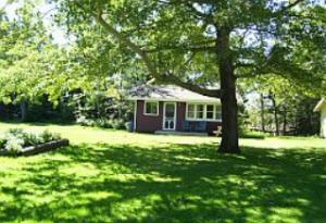 Lyons Cottages