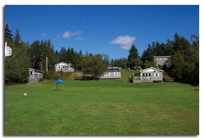DeRoma Cottages