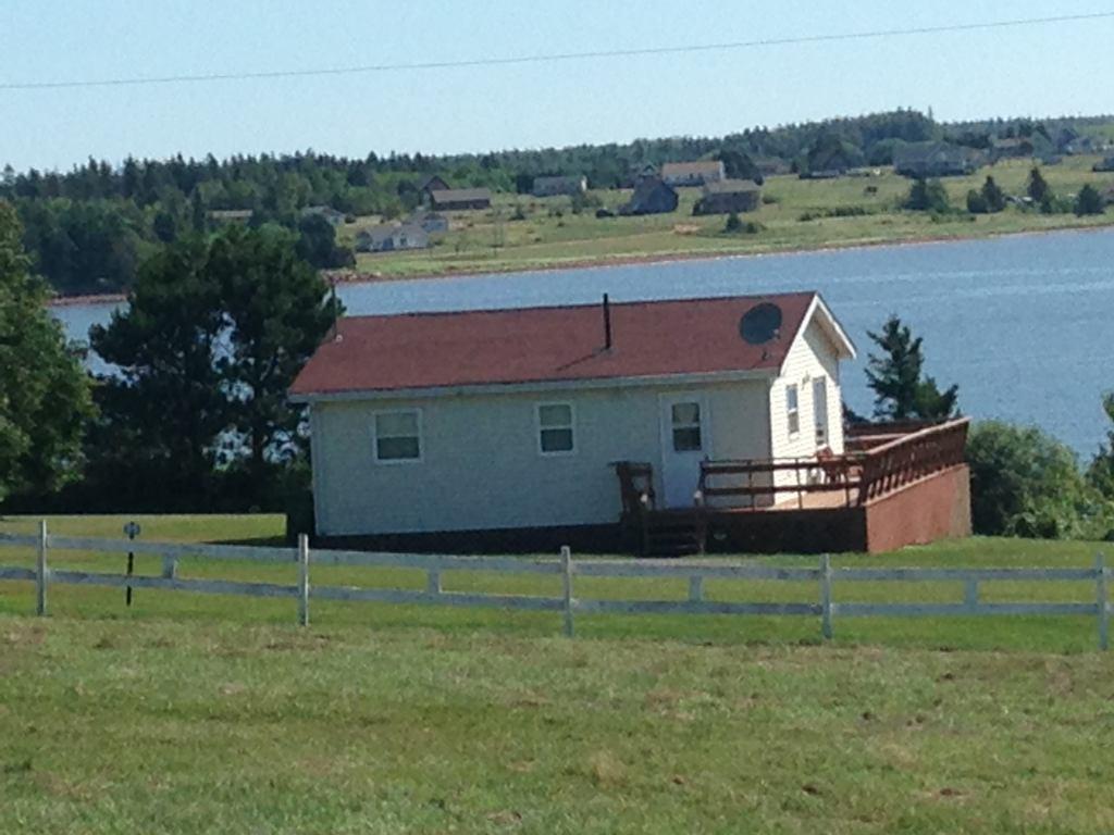 Sandhill View Motel & Cottages Ltd.