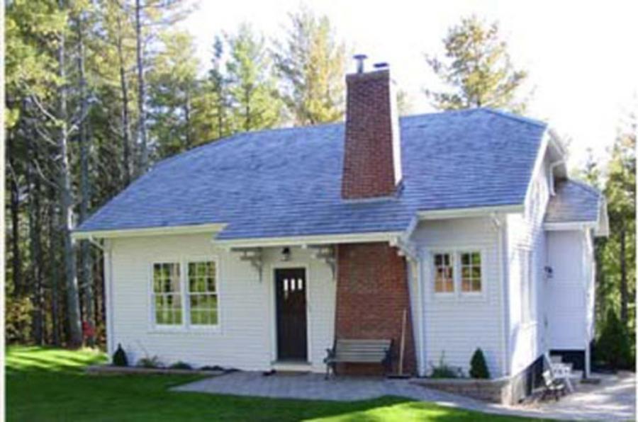 Thompson Pond Cottage